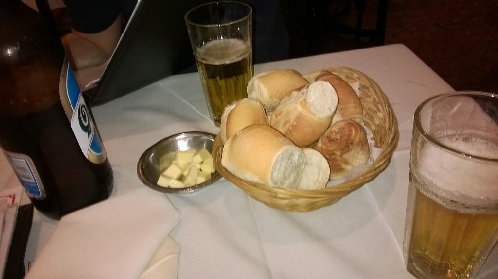 enchendo_a_barriga_pao_cerveja_argentina